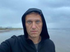 Алексей Навальный посетил Северодвинск и искупался в Белом море