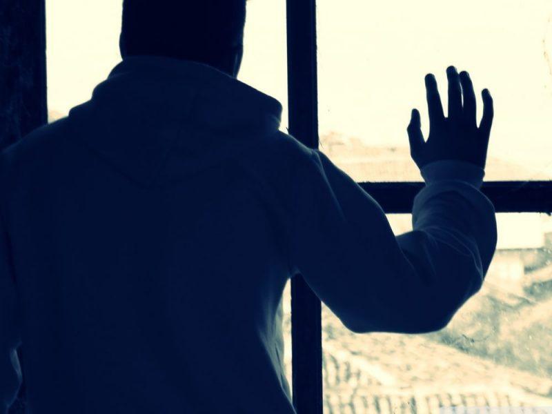 Вархангельском диспансере смертельно больной пациент разбился, упав свысоты 5-ого этажа